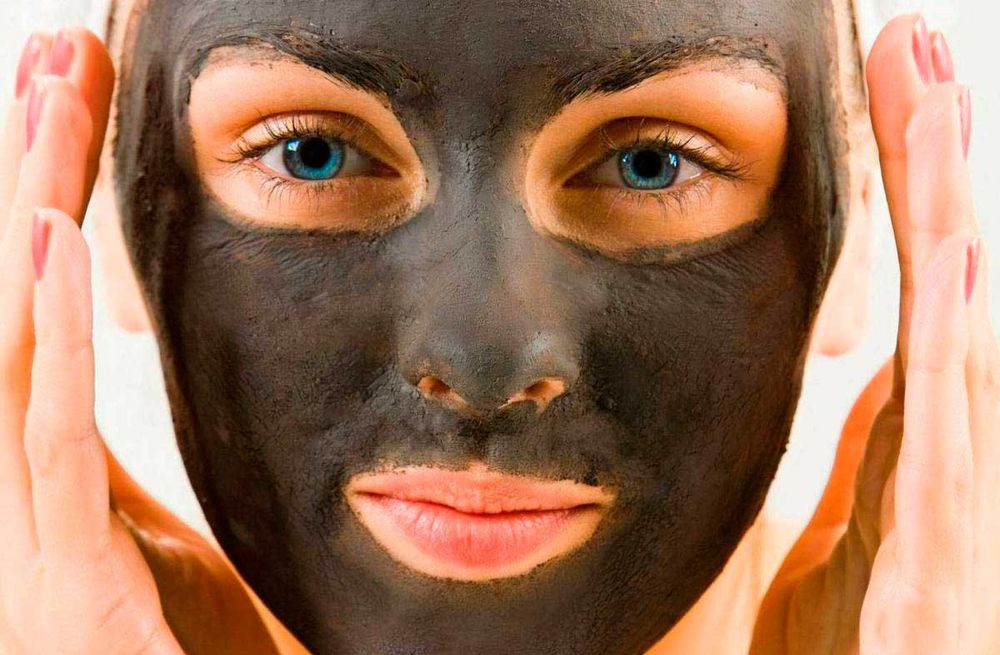 Маски для лица из желатина и активированного угля