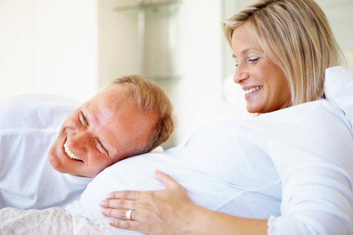 Выделения при беременности на ранних сроках и перед родами