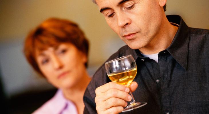Жена с выпивающим мужем