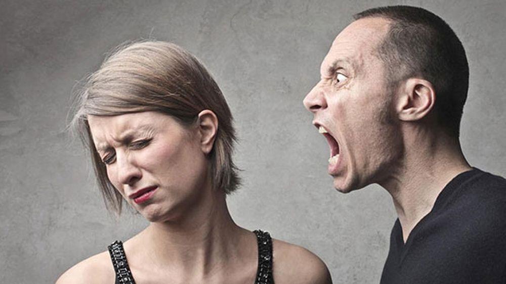 Абьюзивные отношения в семье: как избавиться от тирана