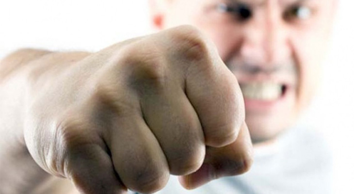 Кулак мужчины