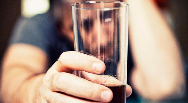 Алкоголизм у мужчины