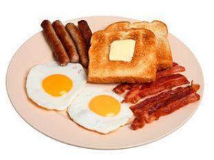 При приеме препарата вместе с жирной пищей, его всасывание увеличивается в 5 раз