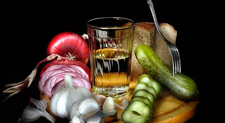 Алкоголь и закуска