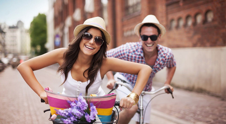 Кататься на велосипедах